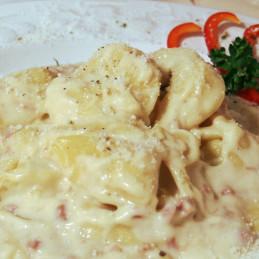 Dosen Bistro Tortellini in Schinken-Sahnesoße (400g)