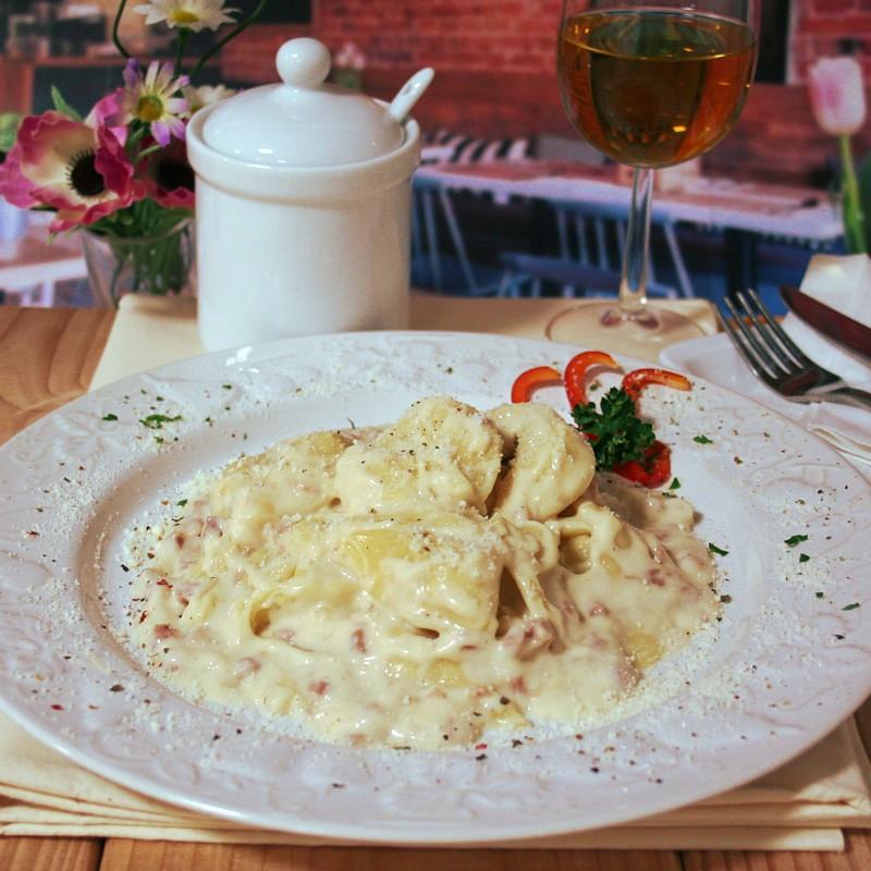 Dosen Bistro tortellini in salsa di prosciutto alla crema (400g)