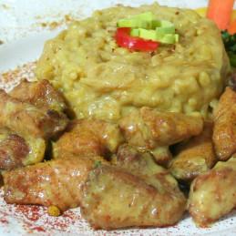 Dosen Bistro thai curry de poulet avec riz, pousses de bambou et les germes de soja (400g)