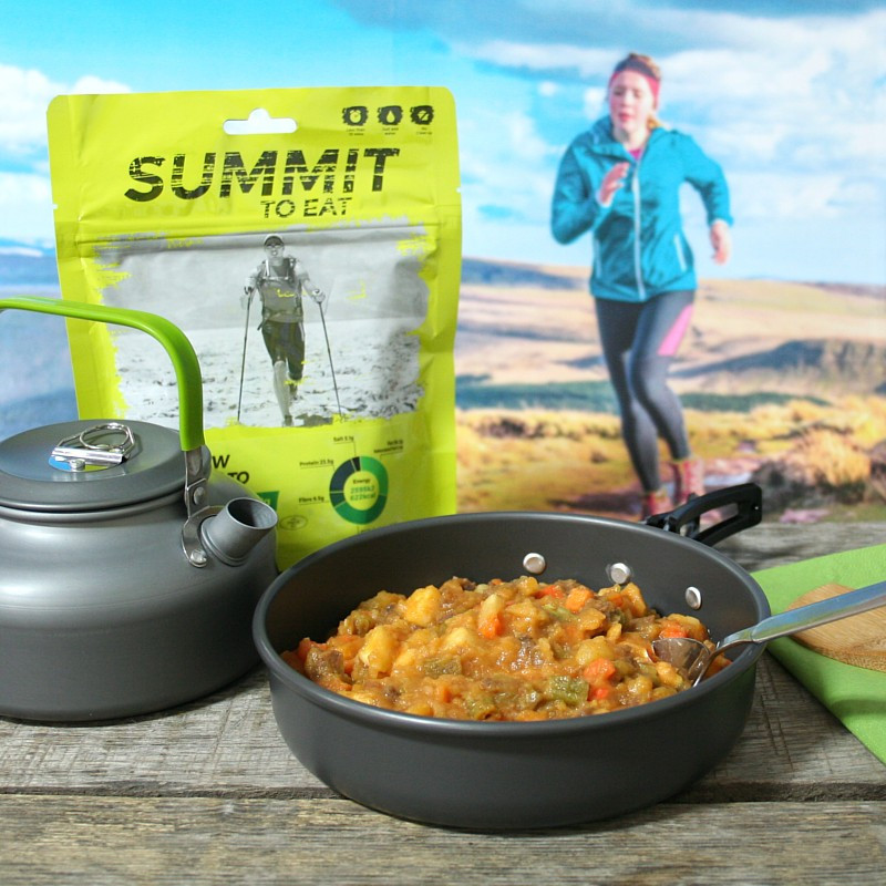 Summit beef and potato stew (118g)