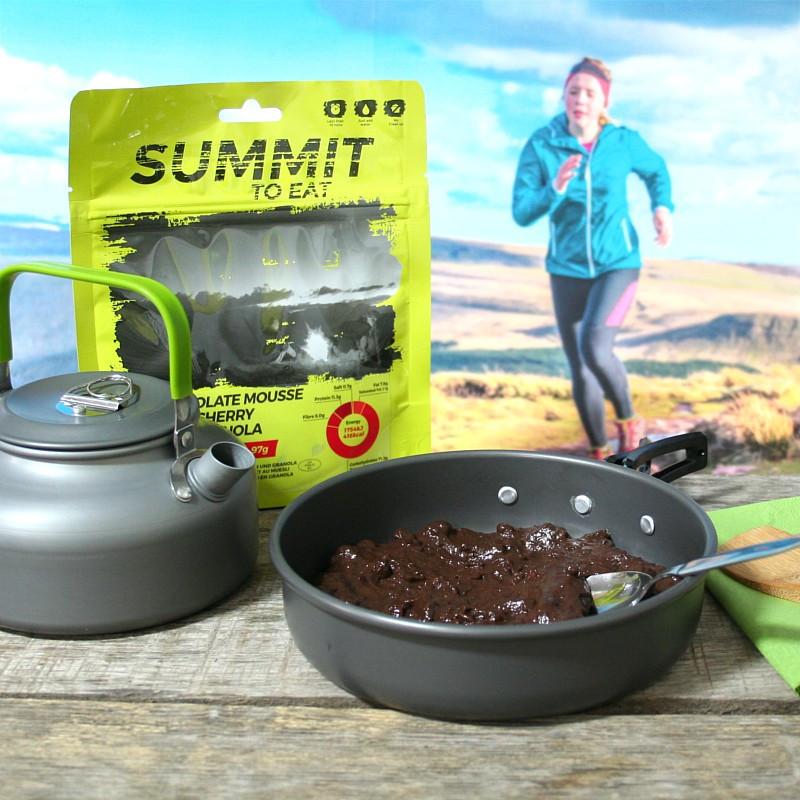Summit Schokoladen Mousse mit Granola und Kirschen (97g)