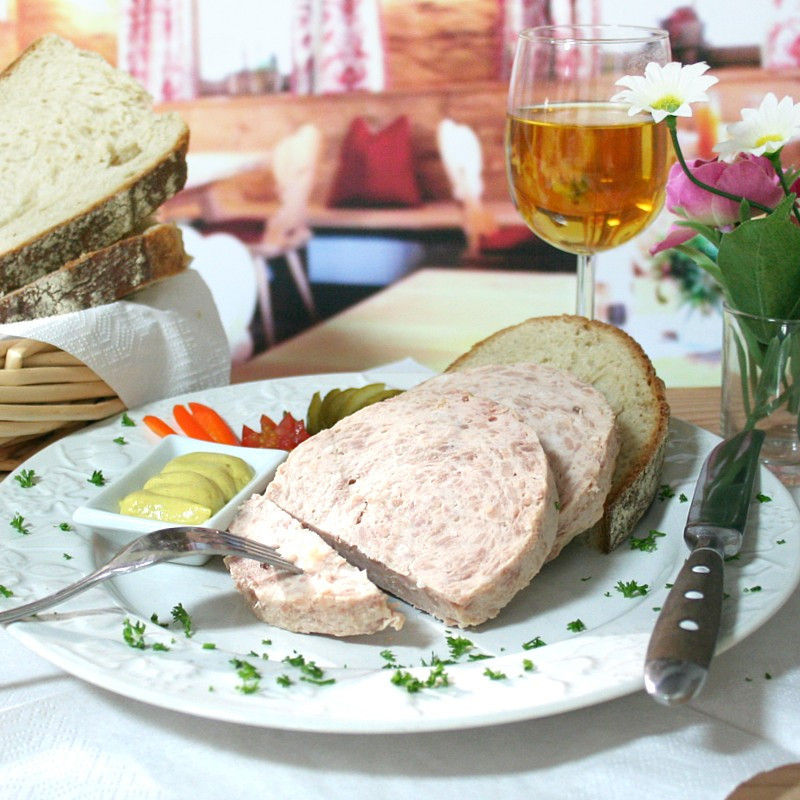 """Dosen Bistro homemade saucisson allemand """"Bratwurst"""""""