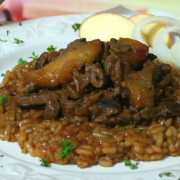 Dosen Bistro fegato di manzo in salsa di cipolla con fette di mela e riso (400g)