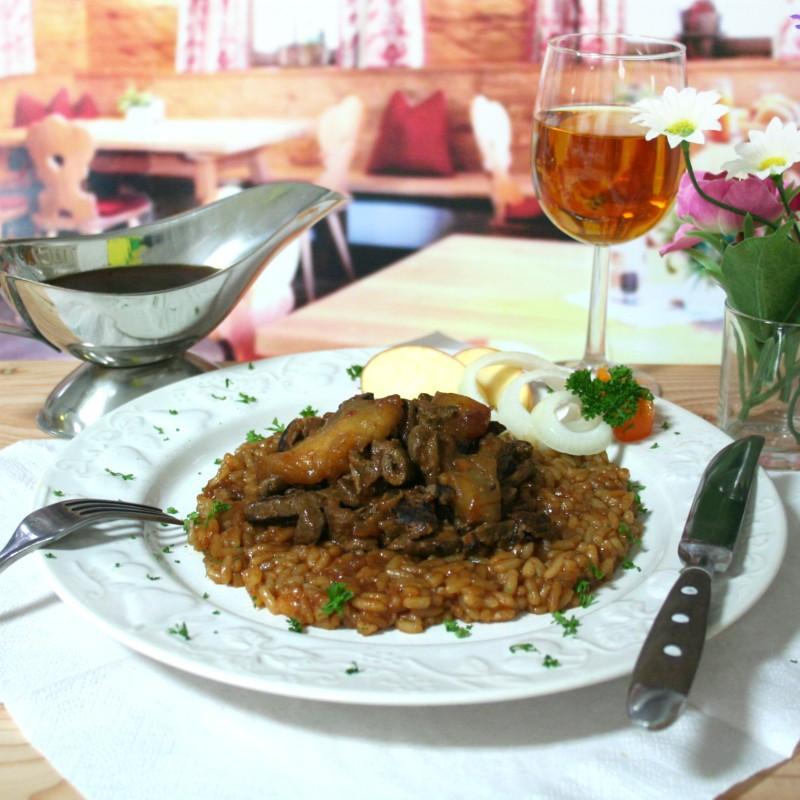 Dosen Bistro Rinderleber in Zwiebelsoße mit Apfelspalten mit Reis (400g)