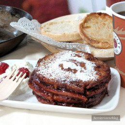 Dosen Bistro Pancakes with Strawberry Jam (280g)
