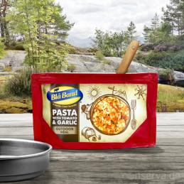 Blå Band Pasta mit Tomaten und Knoblauch